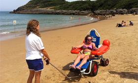 geriatricarea Playa accesible La Arena en Isla