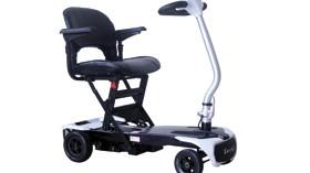 Scooter que se pliega y despliega automáticamente en menos de un minuto