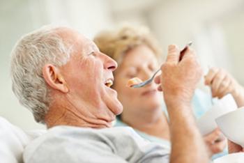geriatricarea alimentación personas mayores Instituto Danone.jpg