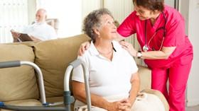 CRE de Alzheimer imparte el curso online gratuito Salud y bienestar en envejecimiento