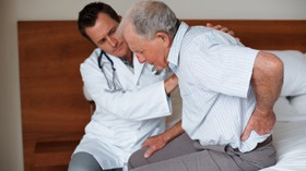 La UMH y el CEAM estudian el equilibrio en personas mayores para evitar caídas