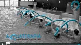 Beneficios de la aquaterapia para familiares y cuidadores de personas con demencia