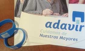 geriatricarea Grupo Adavir pulseras con un código QR