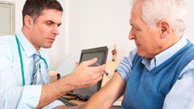 La mitad de los mayores desconoce y no se preocupa por su calendario de vacunación