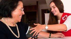 Cruz Roja Española atiende a más de 247.900 personas mayores