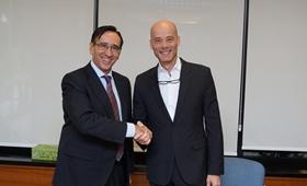 Convenio de colaboración para mejorar el tratamiento de los pacientes que sufren gota
