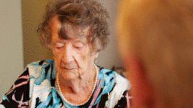 Cómo afrontar los problemas de comunicación con personas mayores con deterioro cognitivo