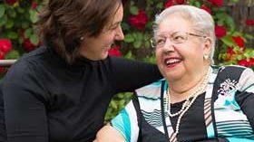 La SEGG forma a más de 23.000 cuidadores de personas mayores dependientes