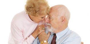 El cuidador de Alzheimer necesita de apoyo tanto en la esfera emocional como social