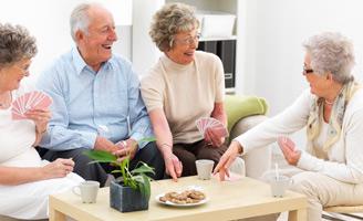 geriatricarea-envejecimiento-activo-juegos-de-mesa