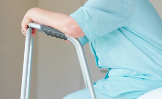 geriatricarea romosozumab fracturas vertebrales