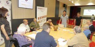 Exfutbolistas participan en un taller de reminiscencia en Palencia