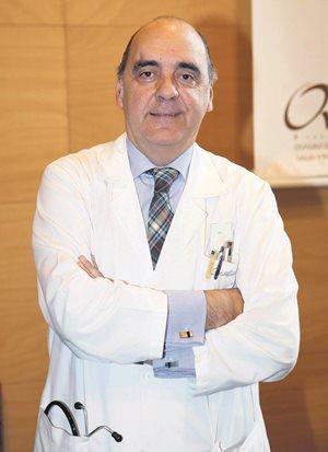 """Iñaki Artaza, autor de la ponencia """"Aspectos de interés sobre nutrición y demencia"""""""