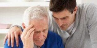 Cinco actitudes a adoptar para ayudar a que las personas con Alzheimer se sientan mejor