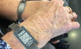 geriatricarea Alzheimer demencia pulsera QR