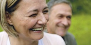 A seis de cada diez españoles les preocupa no llegar a la vejez sanos e independientes