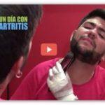 Un día con artritis muestra las dificultades en el momento del aseo