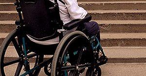4 de cada 10 personas con Alzheimer deben superar a diario barreras arquitectónicas