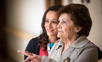 geriatricarea trabajadora social amavir
