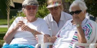 ¿Qué podemos hacer contra la deshidratación de la persona mayor?