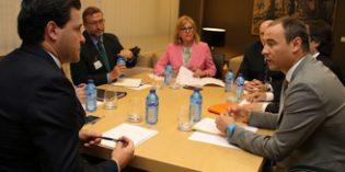 La iniciativa de CEAPs para equiparar al 4% el IVA de los servicios sociales a mayores gana apoyos