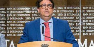 La Junta de Extremadura creará 921 plazas públicas para personas en situación de dependencia