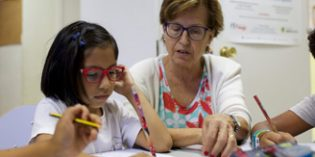 """El proyecto """"Acciones locales"""", de Obra Social """"la Caixa"""", fomenta el voluntariado de 4.300 personas mayores"""