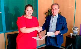 El IAM y Vitalia Plus ofrecen apoyo sociolaboral a mujeres víctimas de violencia de genero