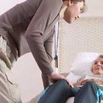 Mujeres cuidadoras, agotamiento y burnout