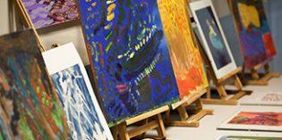 El arte como terapia y los trastornos de conducta protagonistas de los dos próximos cursos de CRE de Alzheimer