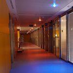 La tecnología de iluminación LEDMOTIVE mejora la salud, el bienestar y el confort de las personas