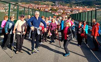 Cinco iniciativas para desarrollar hábitos de vida saludables en personas mayores