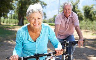 El envejecimiento activo potencia el bienestar físico, social y mental y la participación en la sociedad