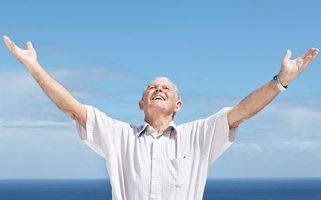 El envejecimiento activo va más allá de lo puramente sanitario, físico y recreativo