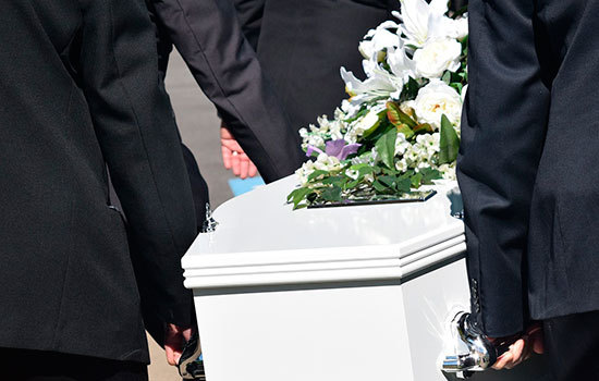 geriatricarea sector funerario