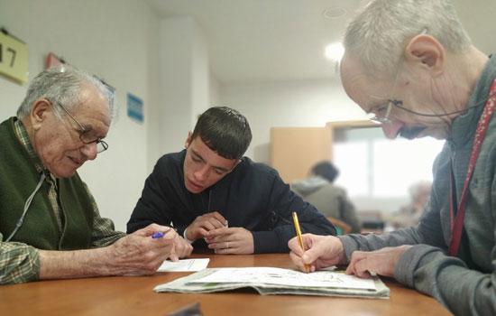 geriatricarea Amavir proyecto intergeneracional