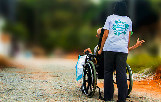 geriatricarea discapacidad truthseeker08 Pixabay