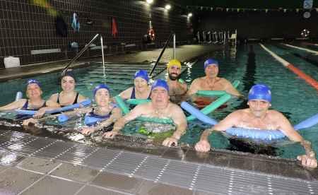 geriatricarea piscina personas mayores