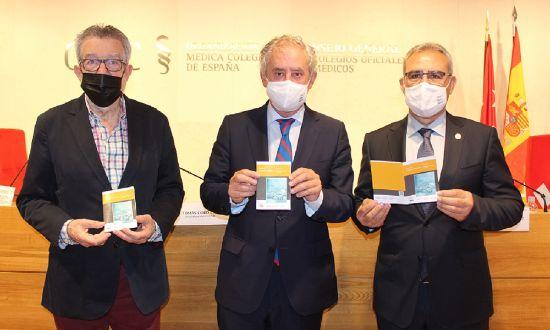 Geriatricarea miembros del CGCOM durante la presentación de la Guía de Sedación Paliativa